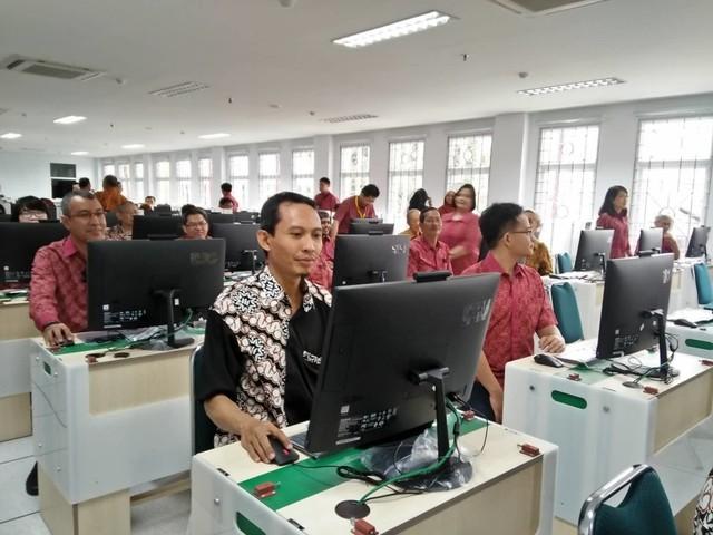 Resmikan CBT, Fakultas Kedokteran Ubaya Geser ke Pembelajaran Online (248699)
