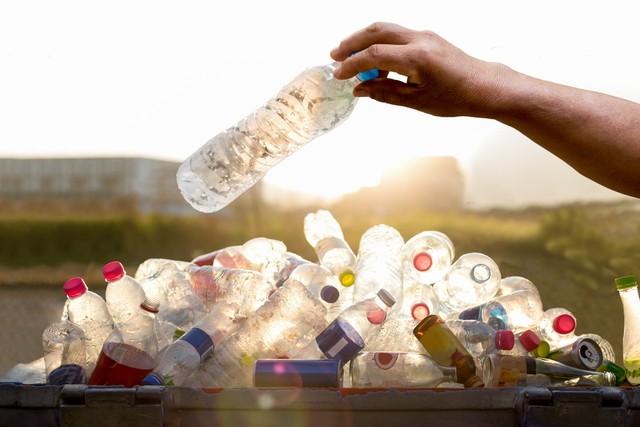 Begini Dampak Sampah Plastik Bagi Lingkungan dan Kesehatan Manusia (2162)