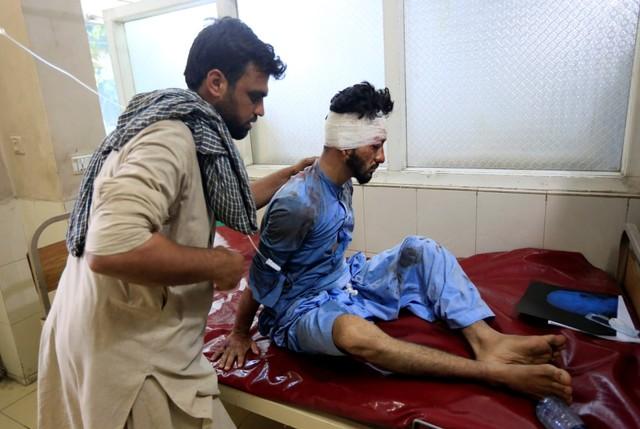 Korban serangan bom bunuh diri di Jalalabad
