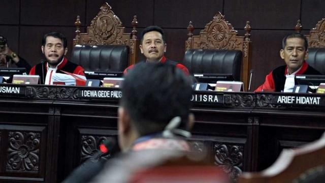 Mahkamah Konstitusi, Hakim Konstitusi
