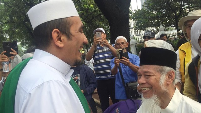 Ustaz Sobri Lubis dan Mantan Penasihat KPK, Abdullah Hehamahua