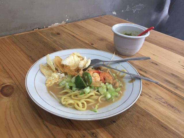Racikan Kopi Asli Belitung di Kong Djie Coffee, Pasar Modern BSD (468010)