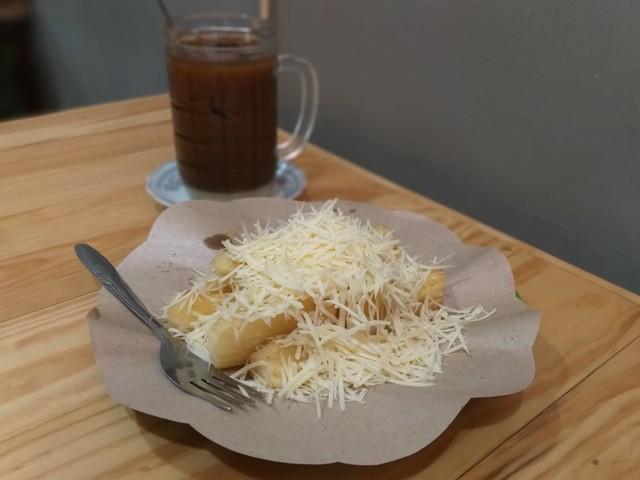 Racikan Kopi Asli Belitung di Kong Djie Coffee, Pasar Modern BSD (468006)