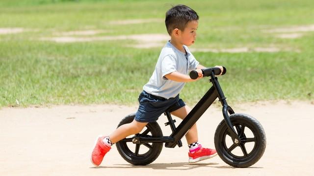 Saat yang Tepat Untuk Anak Belajar Naik Sepeda