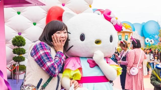 ilustrasi penggemar Hello Kitty