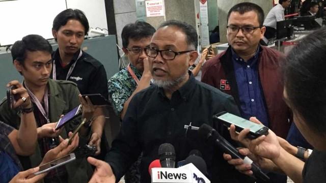 Bambang Widjojayanto serahkan bukti fisik ke MK