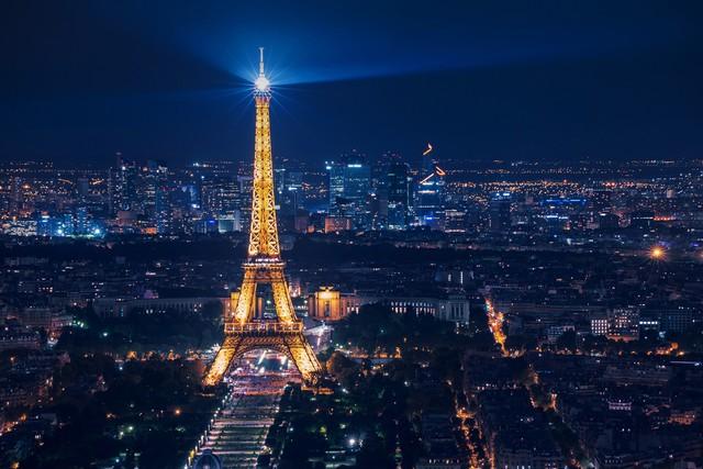 5 Fakta Menarik Menara Eiffel, Awalnya Bukan Untuk Ikon Kota Paris (23116)