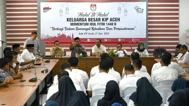 Halal bi halal KIP Aceh1.jpg