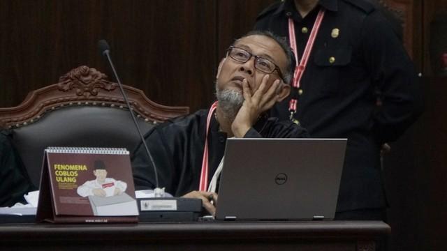 Mahkamah Konstitusi, Sidang Kedua MK, Bambang Widjojanto