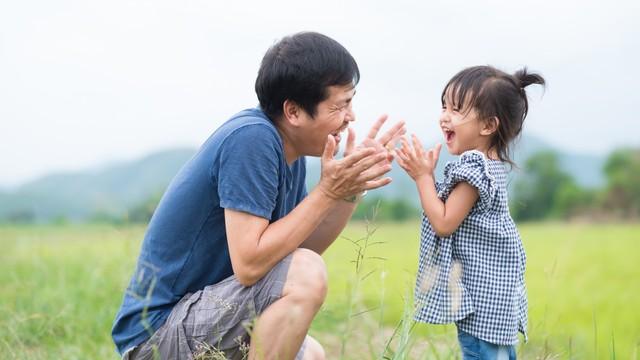 Beri Tahu Suami, Ini 8 Keuntungan yang Ia Dapat saat Menjadi Ayah (232230)