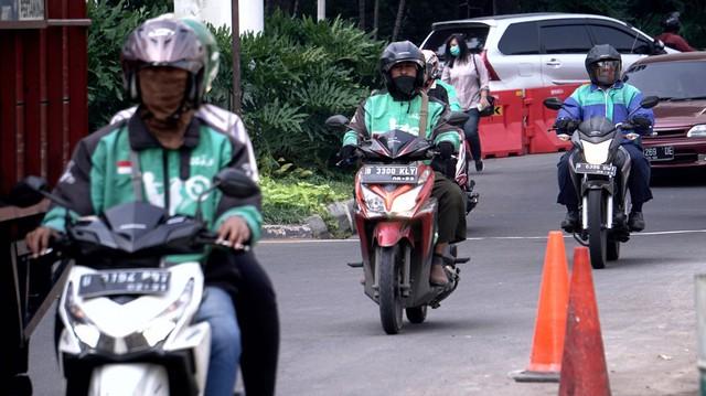 Respons Asosiasi Ojol Soal Wacana Ganjil Genap untuk Motor  (14334)