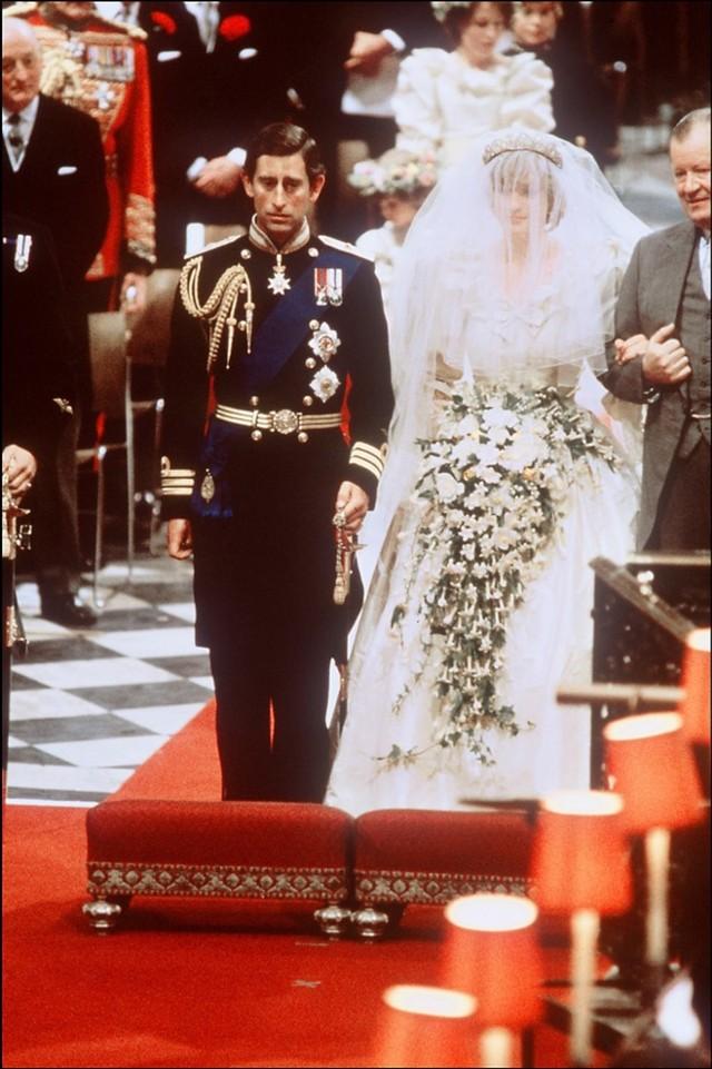 Putri Diana & Pangeran Charles Hanya Bertemu 13 Kali sebelum Tunangan (10287)
