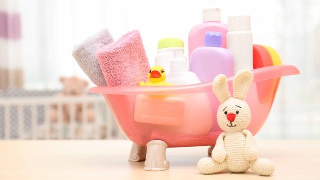 5 Pilihan Hair and Body Wash yang Bisa Digunakan Bayi (21929)