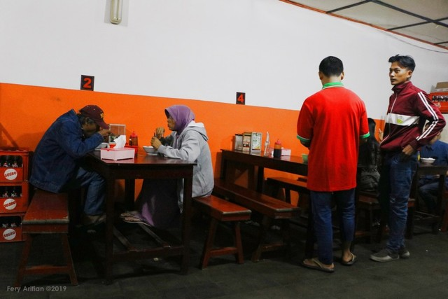 Lokasi-Bakso-Solo-Kidul-Pasar-Malang-photo-by-feryarifian.JPG