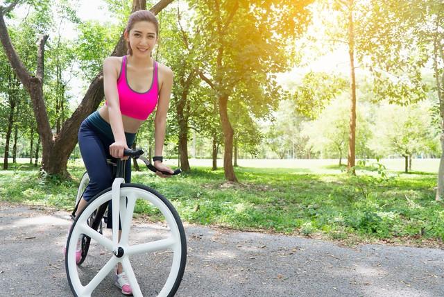 Ilustrasi olahraga bersepeda