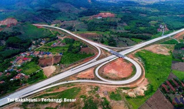com-Ilustrasi pembangunan infrastruktur