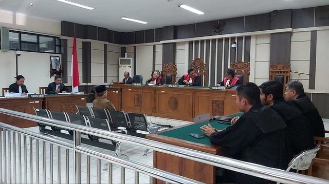 Sidang tuntutan Wakil Ketua DPR RI Taufik Kurniawan.