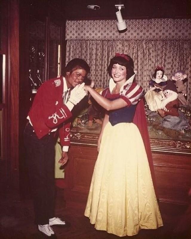 Foto: Mengenang Kisah Hidup Raja Pop Michael Jackson (56829)