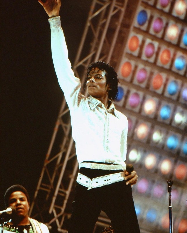 Foto: Mengenang Kisah Hidup Raja Pop Michael Jackson (56825)