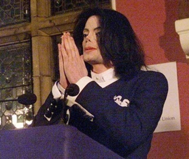 Foto: Mengenang Kisah Hidup Raja Pop Michael Jackson (56843)
