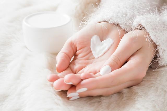 Tidak ke Salon, Ini 5 Tips Alami Merawat Kuku agar Sehat dan Mengkilap (60502)