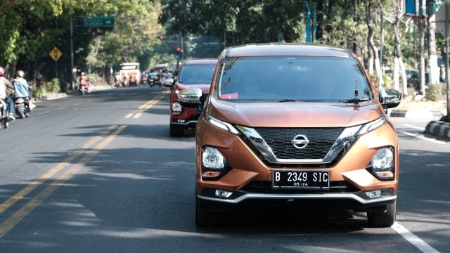 Nissan Livina Kuasai Wholesales Agustus 2020 (634410)