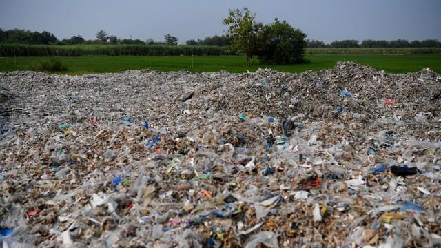 Begini Dampak Sampah Plastik Bagi Lingkungan dan Kesehatan Manusia (2164)