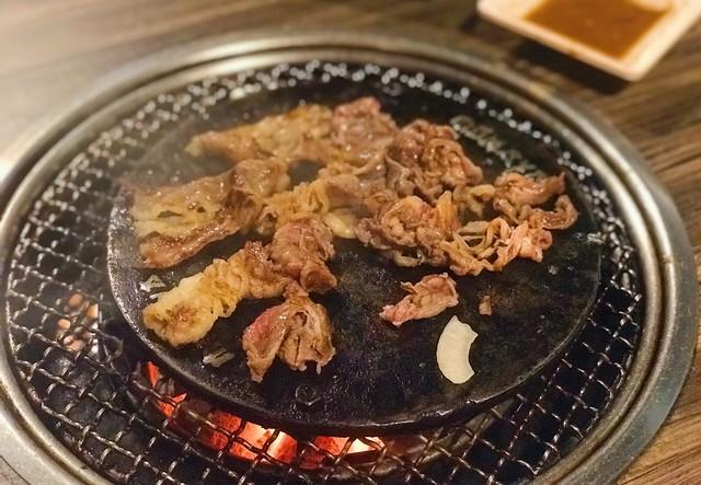 PSBB, 5 Rekomendasi Restoran All You Can Eat Halal Buat Makan di Rumah (107542)