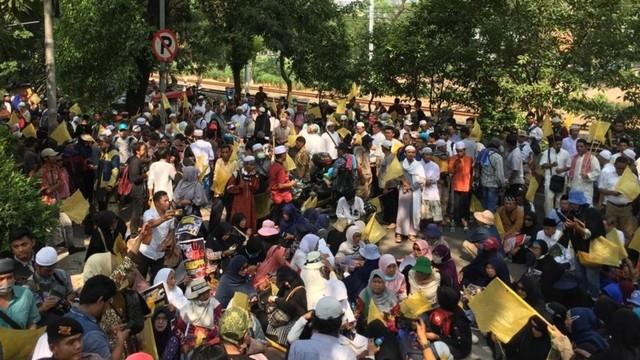 Massa aksi MK menyambangi Komnas HAM