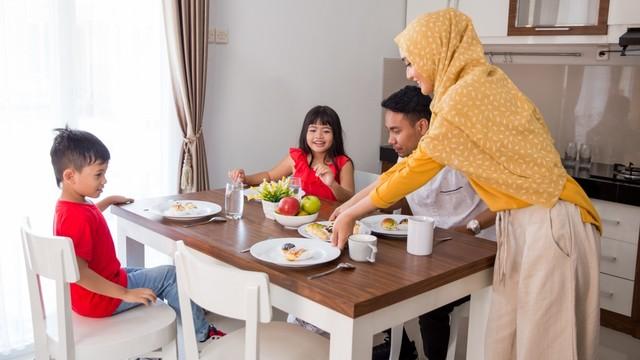 Contoh Menu Makanan 1 Bulan yang Sehat dan Lezat untuk Keluarga (239925)
