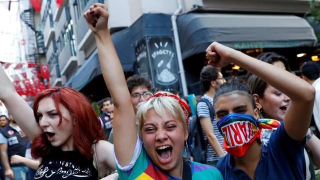 Parade LGBT di Istanbul