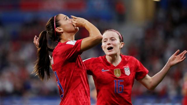 Gaya Headband Tim AS yang Curi Perhatian saat Piala Dunia Wanita 2019 (107437)