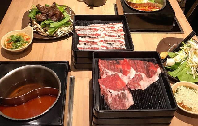 PSBB, 5 Rekomendasi Restoran All You Can Eat Halal Buat Makan di Rumah (107540)