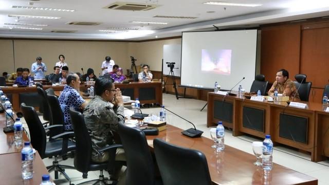 DPD RI Bahas Regulasi Mengenai Keselamatan Transportasi (300203)
