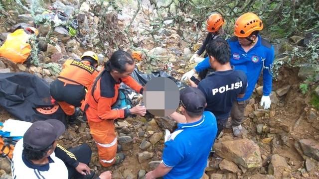 5 Tragedi Hilangnya Pendaki Gunung di Indonesia (388959)