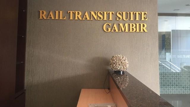 Rekomendasi Menginap Di Hotel Transit Stasiun Gambir Kumparan Com