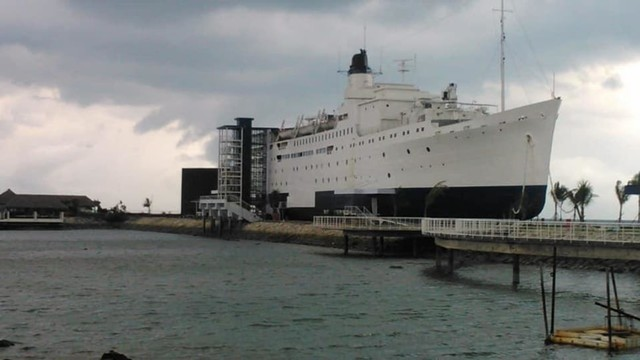 Kapal Megah Berusia 104 Tahun 'Disulap' Jadi Hotel Terapung di Bintan (724376)