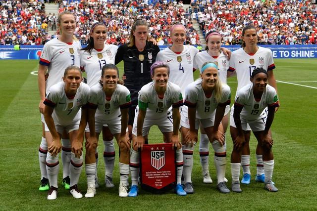 Gaya Headband Tim AS yang Curi Perhatian saat Piala Dunia Wanita 2019 (107434)