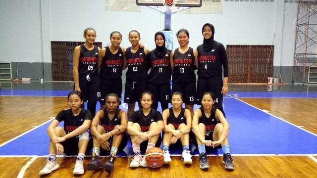 Skuat Timnas Basket Putri Indonesia di ASEAN School Games 2019