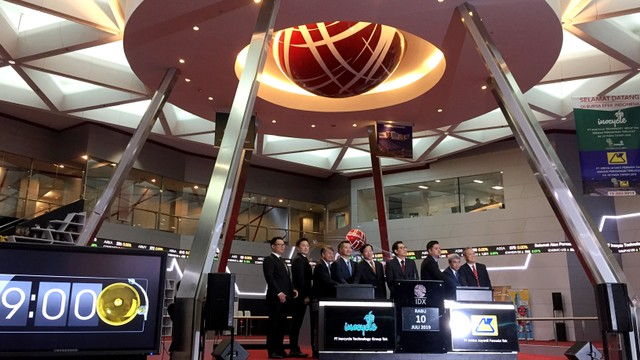 PT Arkha Jayanti Persada Tbk dan PT Inocycle Technology Group Tbk resmi, Bursa Efek Indonesia (BEI) melalui mekanisme initial public offering (IPO)