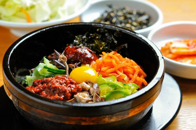 Penyuka Korean Street Foods? Berikut 5 Resep yang Bisa Kamu Buat di Rumah! (674500)