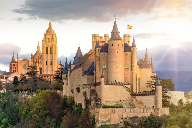 Alcazar de los Reyes Cristianos, Spanyol