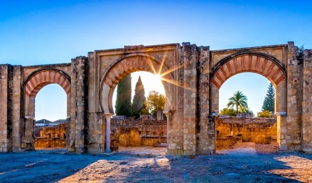 Medina Azahara, Spanyol