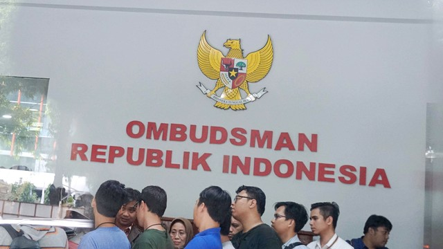 Ombudsman Minta Nadiem Sanksi PTN yang Tagih Biaya Sebelum Pengumuman SBMPTN (1327)