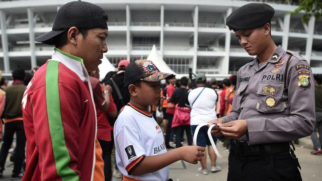 Persija Jakarta, Persib Bandung, Pengamanan