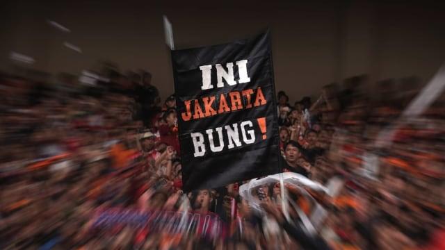 Ragam Spanduk dan Koreografi Unik yang Menghiasi Liga Indonesia (1219300)