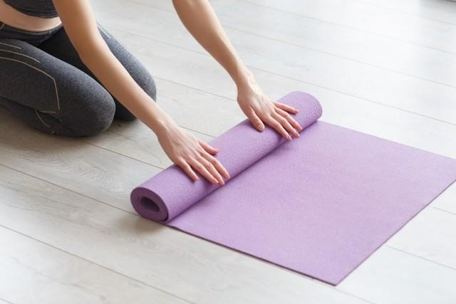 com-Yoga mat.