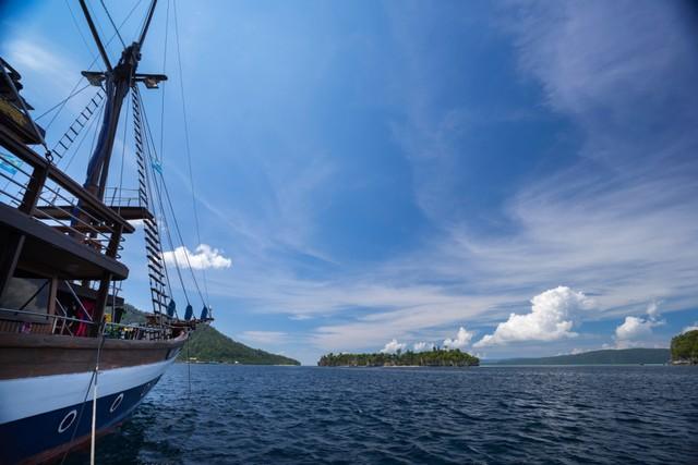 Bulukumba Punya Atraksi Wisata Baru, Naik Kapal Pinisi Sambil Kulineran (154368)