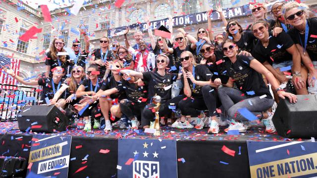 Parade Kemenangan Timnas Sepak Bola Wanita Amerika