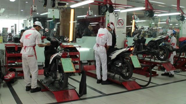 Bengkel Honda, Servis Motor